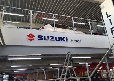 Belettering Suzuki